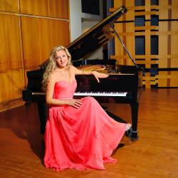 Svetlana_coral dress smile_900x900